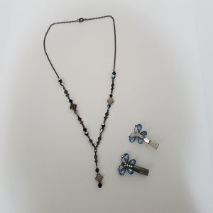 4/$20 90s Necklace and Butterfly Clips